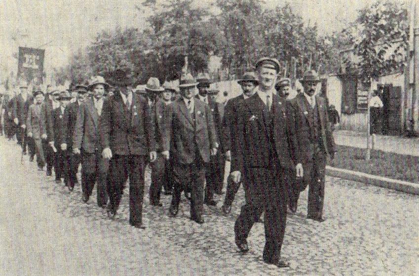 Obchody Krwawej Środy, największego starcia Związku Walki Czynnej z oddziałami policji na zdjęciu z 1936 r.