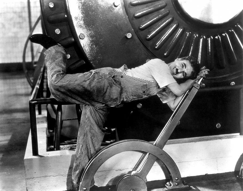 Charlie Chaplin w filmie Modern Times, a także najlepsze role Charliego Chaplina, filmy, daty, gatunki oraz nagrody