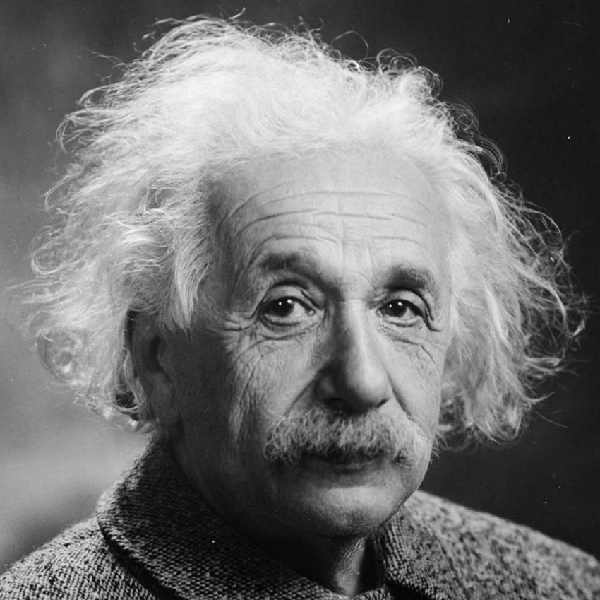 Albert Einstein na zdjęciu portretowym, a także najważniejsze odkrycia naukowca, życiorys, pochodzenie, nagrody