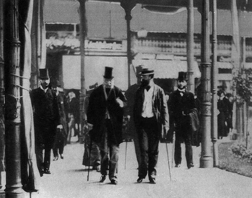 Wilhelm I Hochenzollern spacerujący po mieście Ems, a także tak zwana depesza emska do Bismarcka, a także najważniejsze informacje