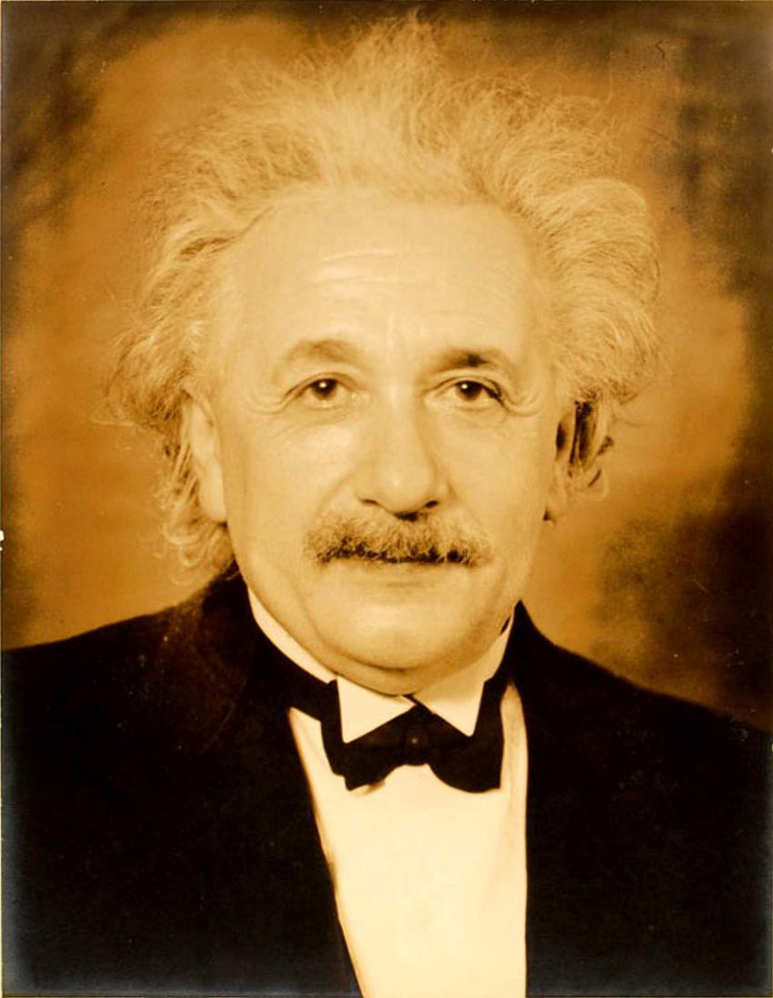 Portret Alberta Einsteina tuż po odebraniu nagrody Nobla, a także 10 najciekawszych ciekawostek z życia Alberta Einsteina