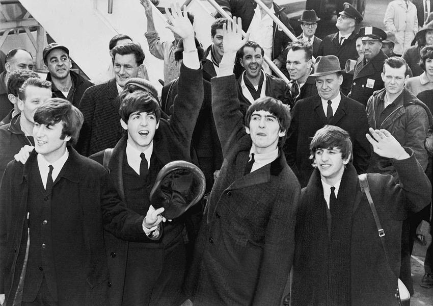 The Beatles na lotnisku, a także dyskografia zespołu, skład, data powstania oraz utwory