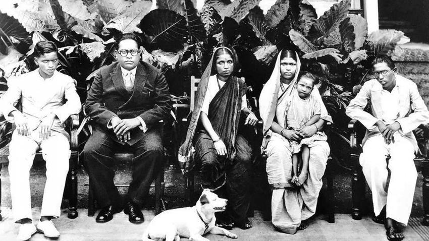 Bhimrao Ramji Ambedkar walczył o godność dalitów, czyli kasty niedotykalnych w Indiach, a także jego biografia i historia