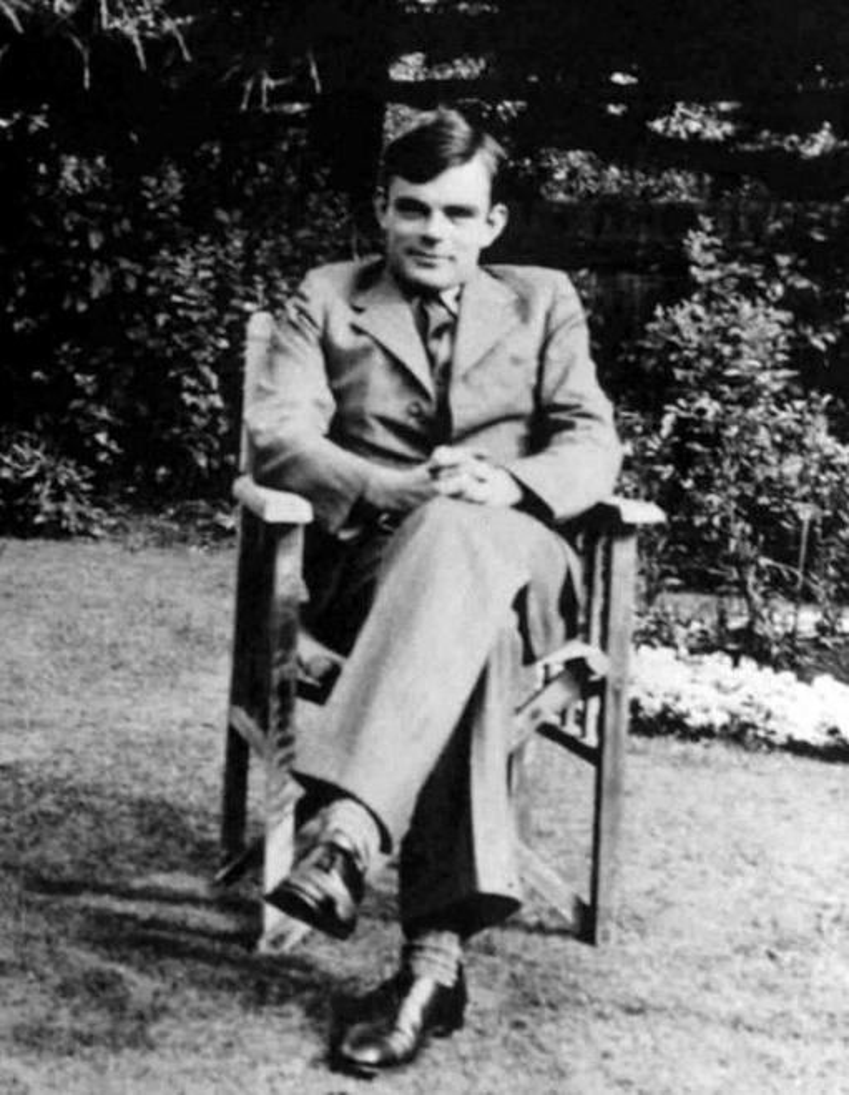 Alan Turing, czyli życiorys, wkład w informatykę i matematykę, życie prywatne, osiągnięcia i życiorys