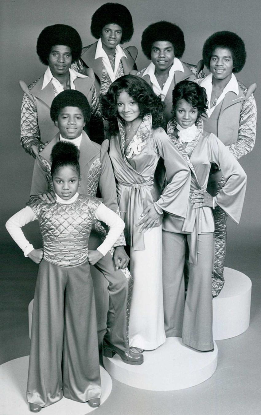 Traumatyczne dzieciństwo Michaela Jacksona, czyli trudne życie, historia, działalność w Jackson 5, przemoc