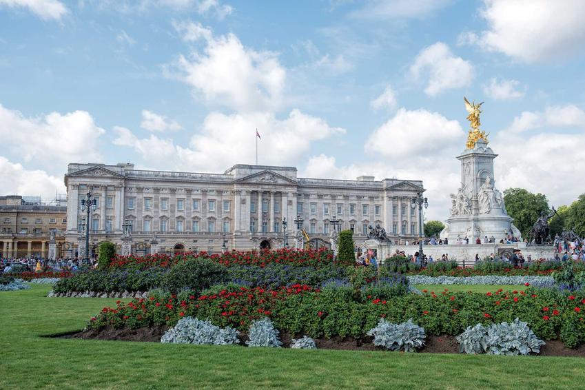 Rodzina Królewska Wielkiej Brytanii, a także ich najwieksze tajemnice, informacje, osoby, życiorys władców