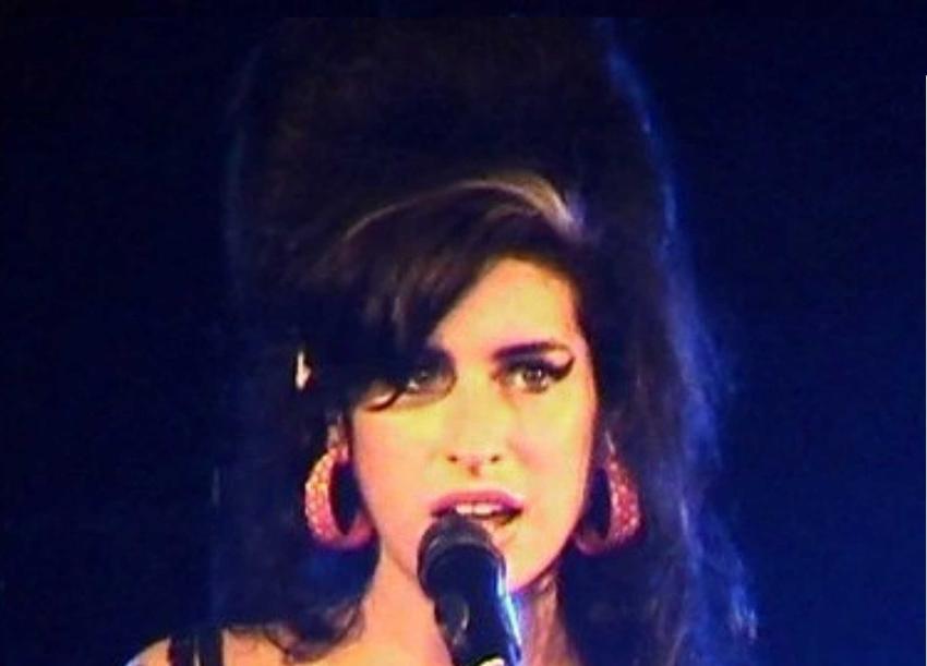 Amy Winehouse i jej historia, czyli dyskografia, pochodzenie oraz okoliczności śmierci
