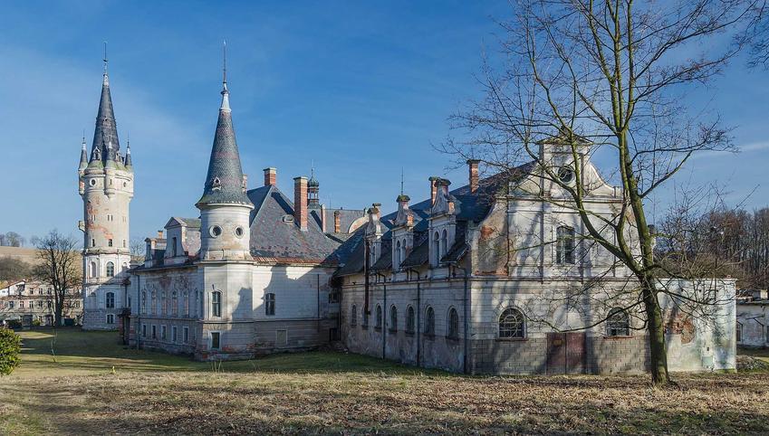 TOP 10 najpiękniejszych opuszczonych zamków i pałaców w Polsce krok po kroku, czyli najwspanialsze pałace