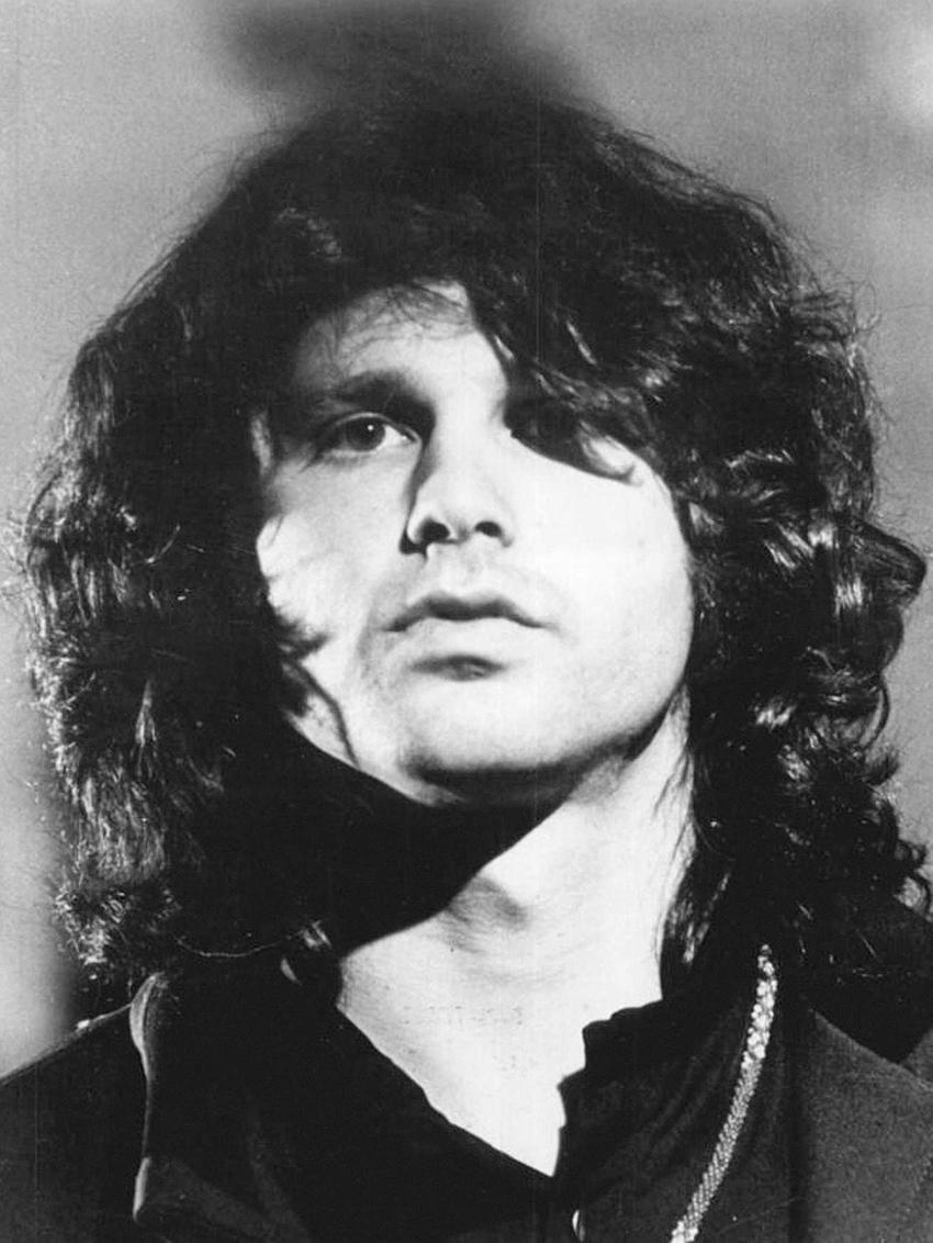 Jim Morrison i jego historia krok po kroku, czyli źyciorys, okoliczności śmierci, dyskografia oraz najważniejsze informacje