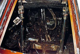 Jednocześnie podano do wiadomości, że NASA dysponuje filmem, na którym jest zarejestrowany pożar na zewnątrz statku i wygląd wnętrza kabiny zaraz po ugaszeniu ognia.