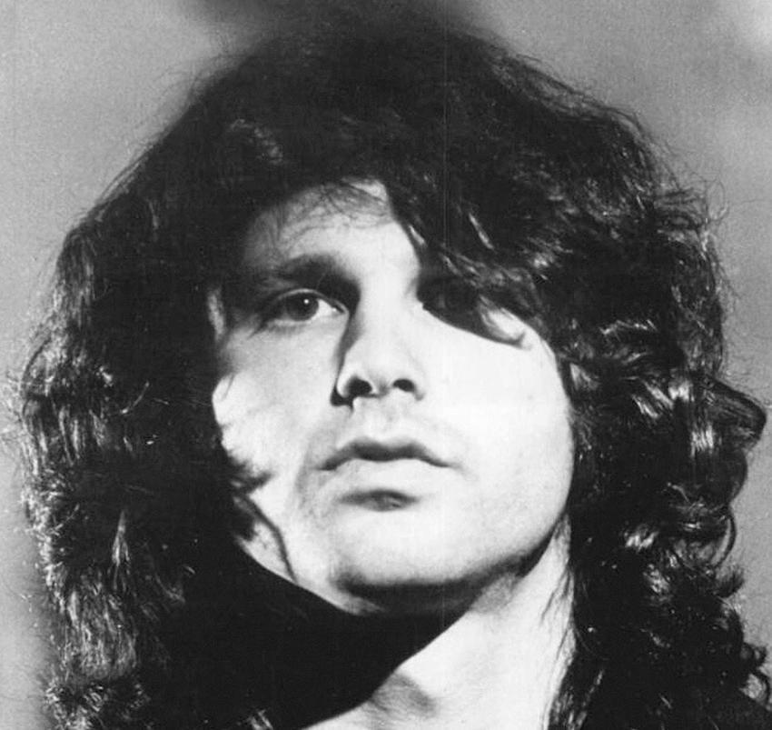Romans Jima Morrisona z Pamelą Courson i najważniejsze informacje, daty, wydarzenia, tragiczny finał