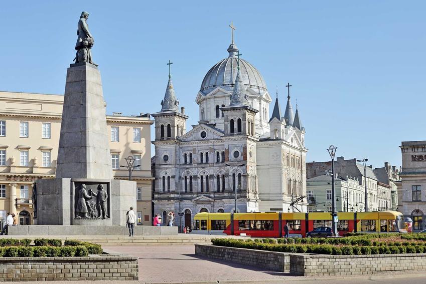 Seria morderstw w Polsce, która nie została wyjaśniona i odbyła się w Łodzi na Placu Wolności, najważniejsze informacje oraz daty