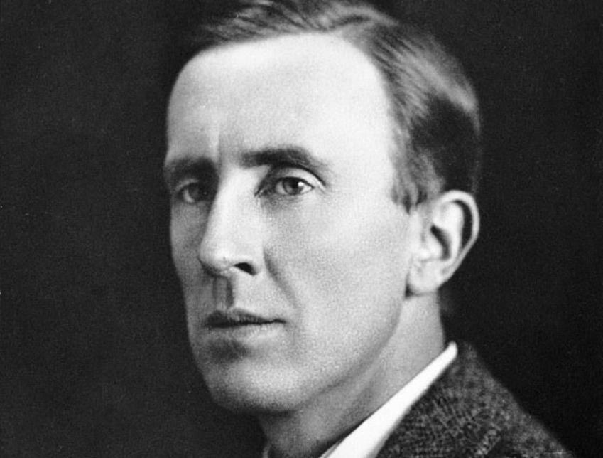 J. R. R. Tolkien i jego życiorys, historia, najważniejsze informacje o autorze trylogii Władca Pierścienia