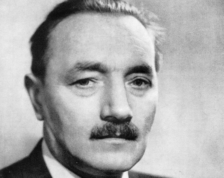 Sytstem polityczny w PRL, czyli kto rządzil Polską Ludową, partia, sekretarze KC PZPR, najważniejsze informacje i postaci