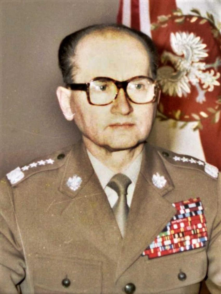 Kot rządził Polską Ludową, czyli najważniejsze informacje o ustroju politycznym, sekretarze KC PZPR