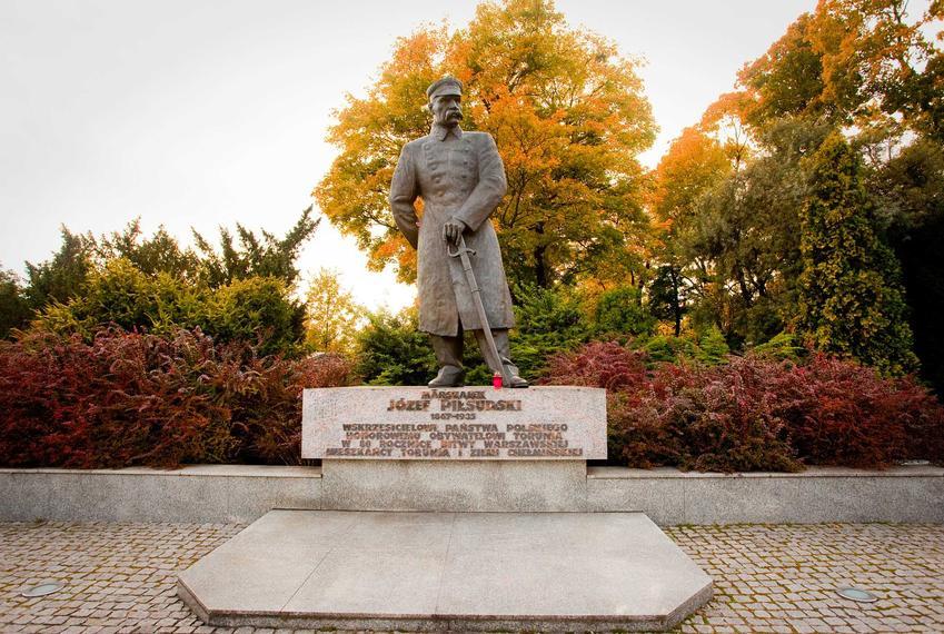 Józef Stalin został w młodości zesłany na Syberię - przywódca na pomniku w Bydgoszczy