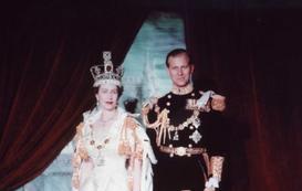 Oficjalnie idealna, jednak od wewnątrz brytyjska rodzina królewska pełna jest miłosnych skandali