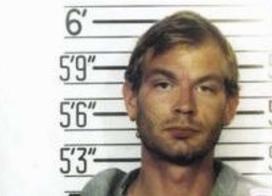 Jeffrey Dahmer – Kanibal z Milwaukee – nekrofil, gwałciciel i postrach USA