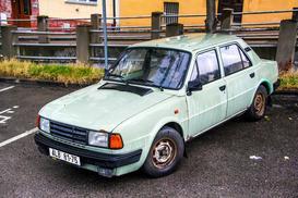 Tym jeździliśmy w PRL – 10 najpopularniejszych marek samochodów