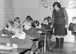 Jak szkoła w PRL zmieniała historię - 10 największych kłamstw, których uczono nas w szkołach